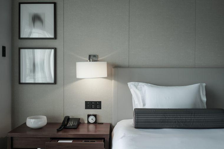 """""""ชุดเฟอร์นิเจอร์ห้องนอน"""" จาก ECF สำหรับธุรกิจหอพักสร้างใหม่งบประมาณจำกัด ภาพประกอบ"""